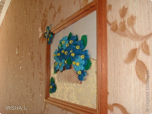 """Картину делала для мамы.  Фиалки училась крутить у Ольги Ольшак http://stranamasterov.ru/node/146378 . Бабочку по МК """"Завитушки от Ксюшки"""" http://zavitoc.blogspot.com/2009/11/blog-post.html. фото 5"""