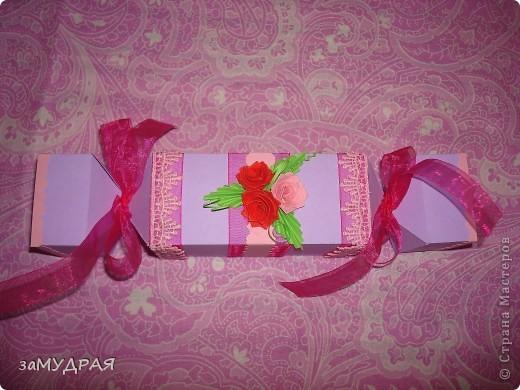 """Эта """"конфетка"""" коробочка моя повторюшка. К сожалению имя автора не запомнила ((( Надеюсь что она будет не против.   Очень благодарна ей за идею !!!!! фото 2"""