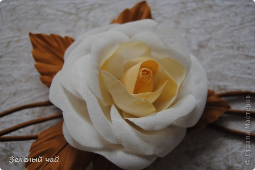 Цветок из натурального шелка фото 3