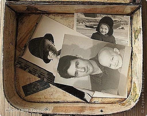 Изначально был в этом чемоданчике подарок сына-кофейный набор на две персоны.Чашки давно выставлены на полку,а в самом чемоданчике хранились разные нужные мне вещицы. фото 15