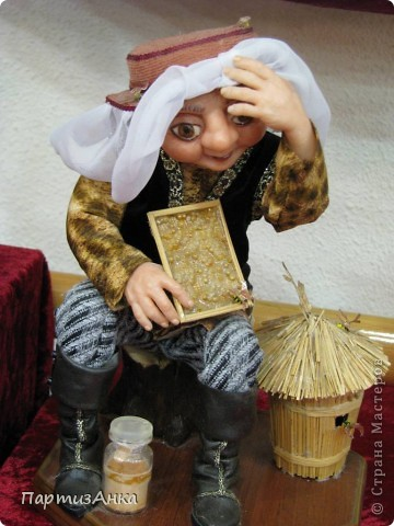 """Привет, Страна! Сегодня в Хайфе открылась всеизраильская выставка кукол под девизом """"Выходя за рамки"""".Были и наши, израильские мастера и мастерицы, и гости из России. Выставка продлится всего 4 дня, поэтому я, подхватив одной рукой ребёнка, а второй - фотоаппарат, помчалась на выставку. Представляю Вам маленький отчёт нашего с Данькой похода. фото 5"""