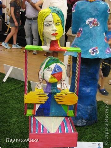 """Привет, Страна! Сегодня в Хайфе открылась всеизраильская выставка кукол под девизом """"Выходя за рамки"""".Были и наши, израильские мастера и мастерицы, и гости из России. Выставка продлится всего 4 дня, поэтому я, подхватив одной рукой ребёнка, а второй - фотоаппарат, помчалась на выставку. Представляю Вам маленький отчёт нашего с Данькой похода. фото 7"""