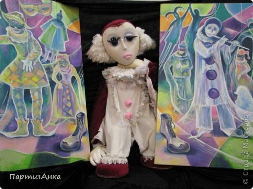 """Привет, Страна! Сегодня в Хайфе открылась всеизраильская выставка кукол под девизом """"Выходя за рамки"""".Были и наши, израильские мастера и мастерицы, и гости из России. Выставка продлится всего 4 дня, поэтому я, подхватив одной рукой ребёнка, а второй - фотоаппарат, помчалась на выставку. Представляю Вам маленький отчёт нашего с Данькой похода. фото 8"""