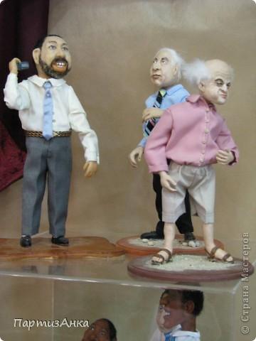 """Привет, Страна! Сегодня в Хайфе открылась всеизраильская выставка кукол под девизом """"Выходя за рамки"""".Были и наши, израильские мастера и мастерицы, и гости из России. Выставка продлится всего 4 дня, поэтому я, подхватив одной рукой ребёнка, а второй - фотоаппарат, помчалась на выставку. Представляю Вам маленький отчёт нашего с Данькой похода. фото 14"""