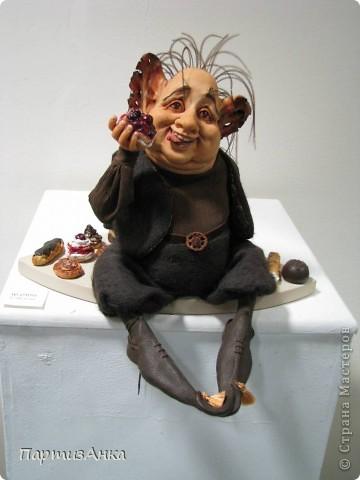 """Привет, Страна! Сегодня в Хайфе открылась всеизраильская выставка кукол под девизом """"Выходя за рамки"""".Были и наши, израильские мастера и мастерицы, и гости из России. Выставка продлится всего 4 дня, поэтому я, подхватив одной рукой ребёнка, а второй - фотоаппарат, помчалась на выставку. Представляю Вам маленький отчёт нашего с Данькой похода. фото 22"""