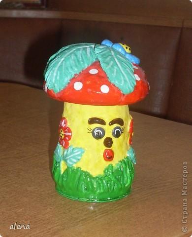 Мне нравится создавать что-то свое. Но когда я увидела Гриб-грибыча то не осталась равнодушной.Вот такой он получился у меня. фото 3