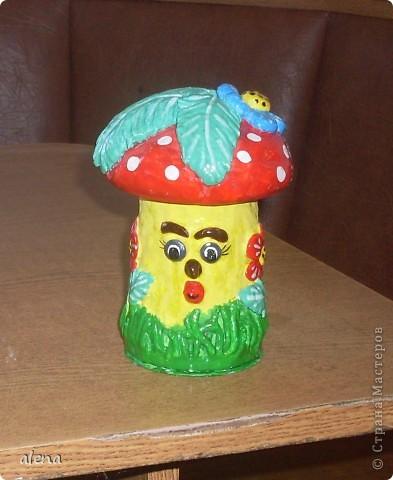 Мне нравится создавать что-то свое. Но когда я увидела Гриб-грибыча то не осталась равнодушной.Вот такой он получился у меня. фото 1