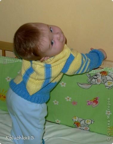 Мама моя связала для внука кофточку.  фото 4