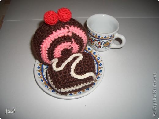 """Вот такие пирожные """"испекли"""" для кукол и мишек. фото 3"""