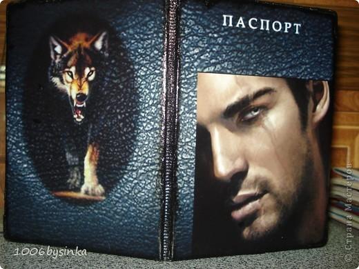 Декор предметов Декупаж Мастер-класс по изготовлению обложки на паспорт Волк  фото 1