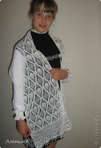 Вот связался за 1,5 месяца шарф по заказу мамы,  торопилась к первому сентября. Ширина  35 см на 1,90.  фото 2
