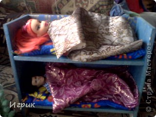 вот такую кроватку я сделала для дочкиных кукол фото 2