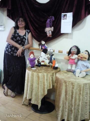 Это знаменитый повар в Израиле. Посмотрите как он похож-сзади куклы его фото. фото 36
