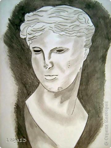 В художественную студию я никогда не ходила. Но рисовать люблю, просто для себя. Портрет Хью Лори (он же Доктор Хаус, герой одноименного сериала) я выполнила по уроку Луиса Серрано, который нашла в сети. Надеюсь, хоть немного похоже? :) фото 2