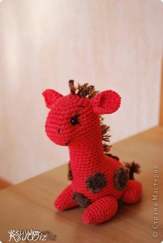 Знакомьтесь - Моня, Монечка, жирафа связанная на конфетной повязалке у Елены. фото 7
