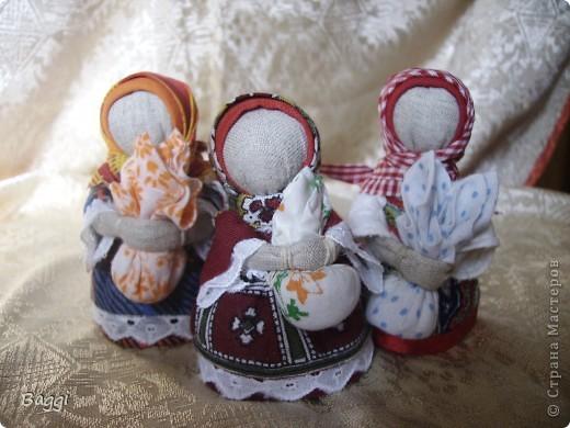 Мои куклы- обереги появились на свет благодаря прекрасной мастерице - Зое Пинигиной. Её МК по народной игрушке самые подробные и интересные.  фото 1