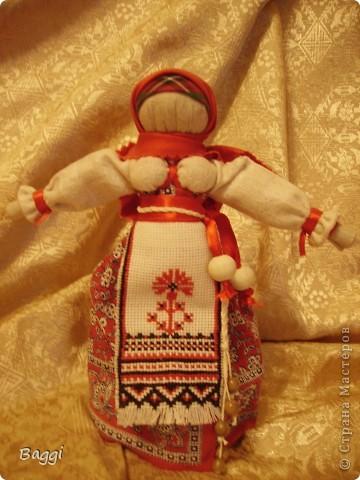 Мои куклы- обереги появились на свет благодаря прекрасной мастерице - Зое Пинигиной. Её МК по народной игрушке самые подробные и интересные.  фото 2