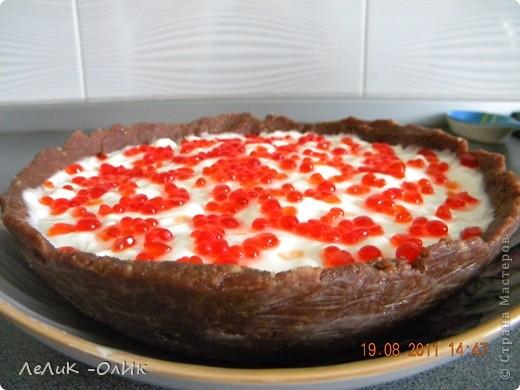Да, да это, ТОРТ!!!! От чашки до икры все сладкое и очень съедобное!!! Дорогие мои! Вот решила сотворить и такой торт. Как его увидела, сразу решила его сделать. А главное его ПЕЧЬ НЕ НАДО!!! фото 21
