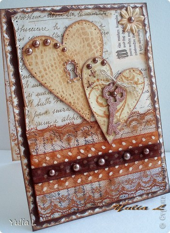 Свадебная открытка, которую меня попросили сделать достаточно быстро - накануне события.   Бумаги в наличии было немного, в качестве образца использовала свою же открытку по желанию заказчика, только в другой цветовой гамме и с небольшими вариациями.  фото 4