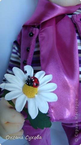 Познакомьтесь...перед Вами Влюблённый ботаник...Высотой 56см. В руках ромашка из глины DECO.  фото 8