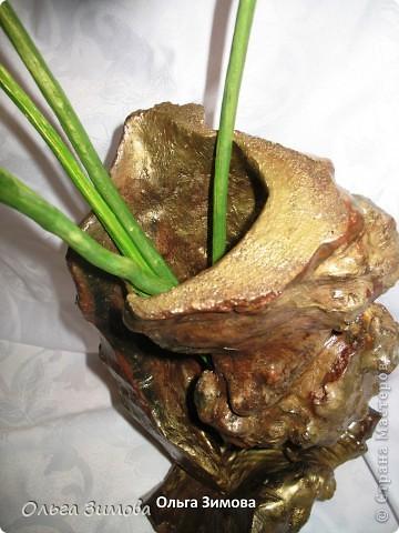 Вот такую вазу я сделала из старой коряги. В вазу поставила букет, который я выкладывала раньше. фото 4