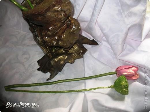 Вот такую вазу я сделала из старой коряги. В вазу поставила букет, который я выкладывала раньше. фото 8