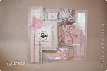 Еще один заказ на оформление коробочки для свадебного подарка и открытка =) Сложно фотографировать, так как бумага вся переливается, бликует... фото 5
