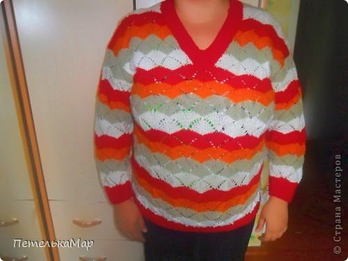 Вот такой свитер связался на осень. фото 1