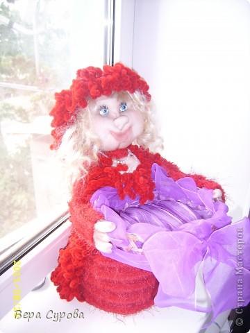 Красная Шапочка с корзинкой, а в корзинку я планирую положить виноград (искусственный) фото 1
