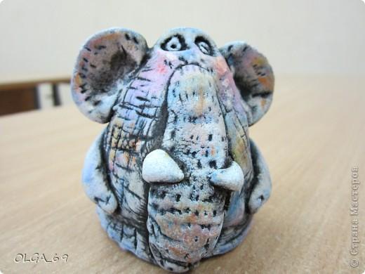 Тесто было не свежее, поэтому слонопотамчик немножко не того.... грустный. фото 1