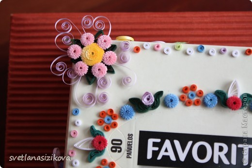 Вот такую коробку с обыкновенными салфетками я решила украсить и подарить на день рождения. фото 5
