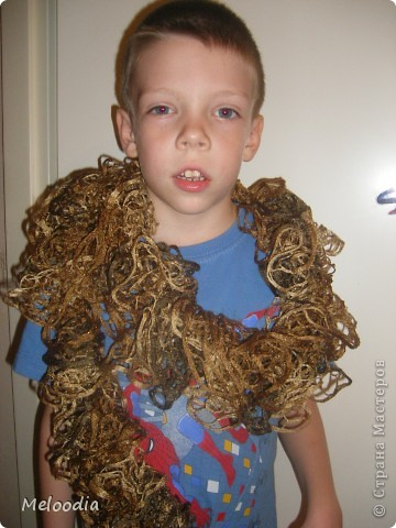Вы не знаете, кто придумал спицы? Когда я вязала этот шарф, я очень нелестно отзывалась о создателе спиц. А потом о своих руках. Как известно, плохому танцору тоже все мешает... ;)  фото 3