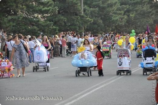 Парад колясок г. Днепрорудное 17/06/2011 фото 1