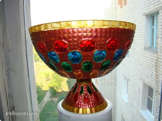Сотворилась у меня вот такая чаша с драгоценными камнями :вся такая медная и яркая. фото 3