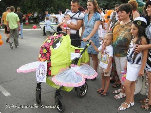 Парад колясок г. Днепрорудное 17/06/2011 фото 15