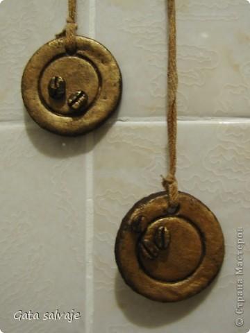 Вот и дозрела моя рыбонька :) висит свежевыкрашенная, бронзовым бочком посвечивает фото 2