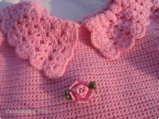 Это мое превое вязаное платьице, с него я начала вязать крючком. фото 2