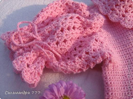 Это мое превое вязаное платьице, с него я начала вязать крючком. фото 3