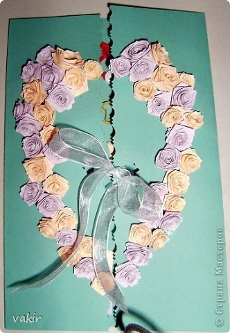 Эту открытку я делала по просьбе дочки для её подруги, у которой сегодня свадьба. Дизайн  выбирала Анюта. Нам очень нравятся открытки Елены Милбрадт. Решили сповторюшничать. Спасибо Елене за такую прекрасную идею http://stranamasterov.ru/node/131680  фото 5