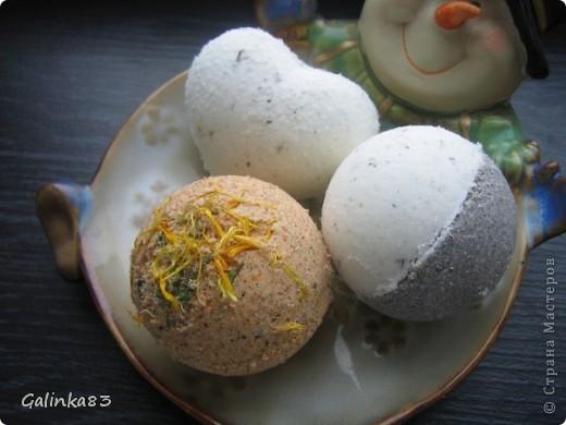 Первые бомбочки (мята+черная глина, оливковая, лаванда+паприка) фото 1