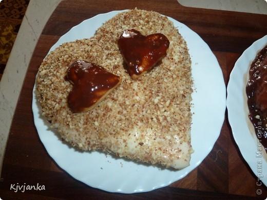 Настроение было романтическое. Вот и решила своему мужскому семейству испечь сердечные тортики. фото 7