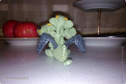 Плод любви Горыныча и неизвестной заморской драконихи, брошеный родителями и очень голодный. фото 5