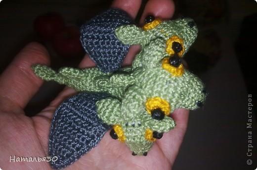 Плод любви Горыныча и неизвестной заморской драконихи, брошеный родителями и очень голодный. фото 1