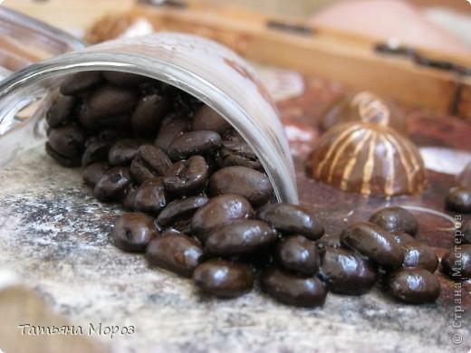 Добрый день всем рукодельницам! За всеми ОЧЕНЬ соскучилась! Наконец-то появилось время немножко повытворять.... Эту кофейно-шоколадную картину делала в подарок любимому человечку - большому кофеману и сладкоежке. фото 10