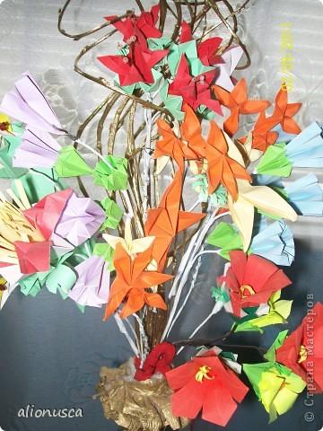 Первыи мои букет в технике оригами. фото 4