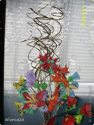 Первыи мои букет в технике оригами. фото 7