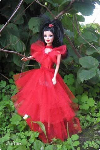 """Начнем с того что я очень люблю фильм """"Билджус"""" особенно мне нравиться Лидия, вот я и решила сшить красное свадебное платье в котором героиня предстала в финальных сценах) фото 3"""