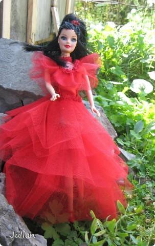 """Начнем с того что я очень люблю фильм """"Билджус"""" особенно мне нравиться Лидия, вот я и решила сшить красное свадебное платье в котором героиня предстала в финальных сценах) фото 4"""