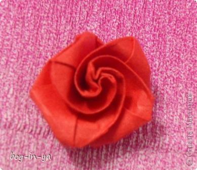 Давно заглядывалась на розы оригами(как-то даже была неудачная попытка сделать). А тут такая красота http://stranamasterov.ru/node/235466 розовое дерево! И вдохновило меня это чудо-дерево  ....   фото 4