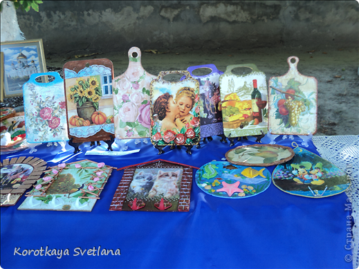 Доброго времени суток, мастера и мастерицы страны мастеров!В нашей станице Тбилисской Краснодарского края большое событие- мы отмечали сразу два праздника День Рождение станицы и день урожая. Было много праздничных мероприятий и среди них выставка народных умельцев. фото 8